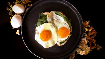 How To Cook Over Easy Eggs Without Flipping