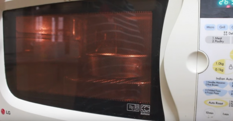 What Is the Best Microwave Oven for Baking?