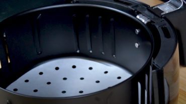How to Use Air Fryer Liners?
