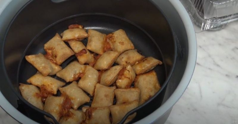 How to Air Fry Pizza Rolls