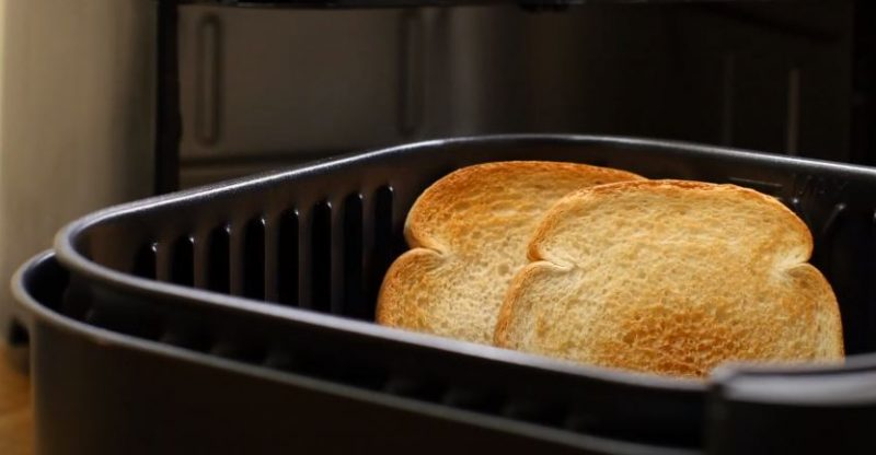 Can You Toast Bread in a Air Fryer