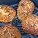 How to Cook Frozen Crab Cakes in An Air Fryer