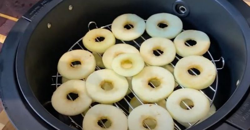 How to Dehydrate Fruit in an Air Fryer