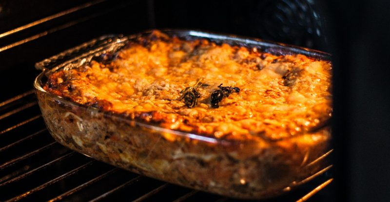 How to Reheat Lasagna in an Air Fryer