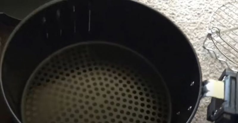 Where Does the Oil Go in an Air Fryer